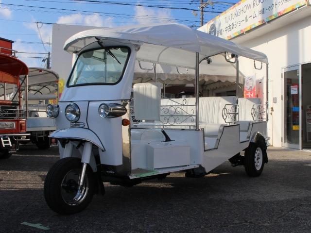 [新車]  7人乗り  白  標準タイプ